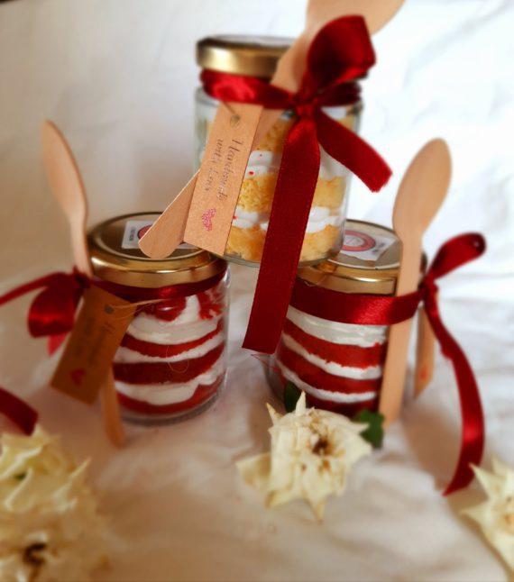 Red Velvet Jar Cake Designs, Images, Price Near Me