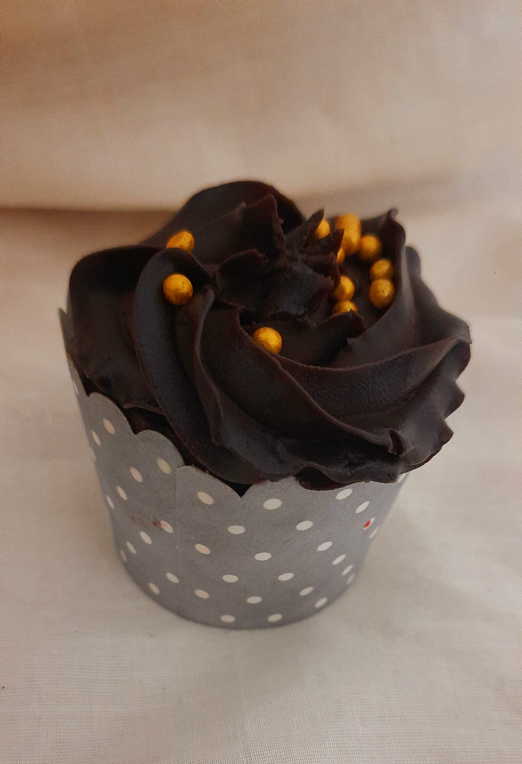 Chocolate Truffle Cupcakes(Pack of 6) Designs, Images, Price Near Me