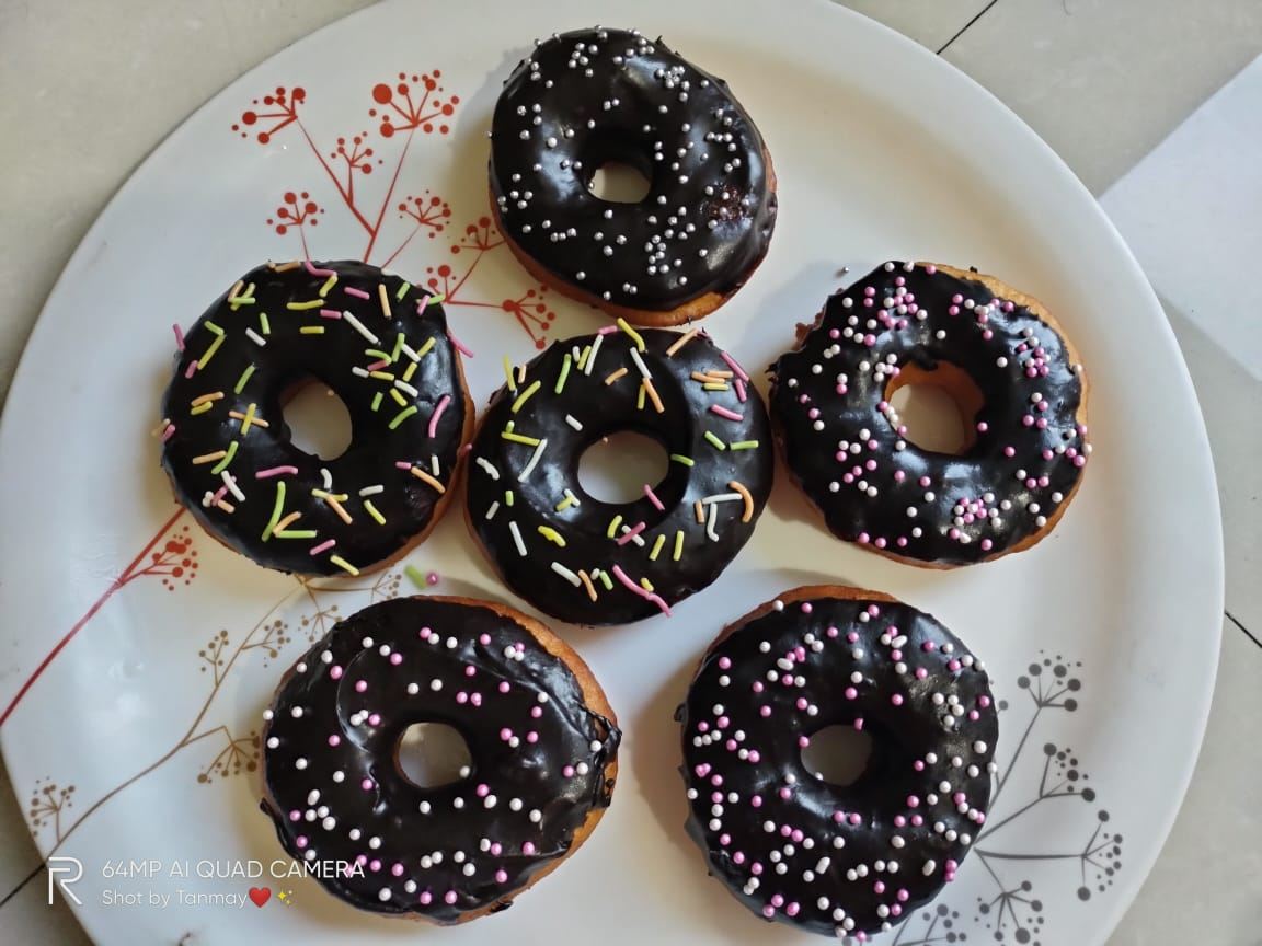 Doughnuts ( Pack of 6 ) Designs, Images, Price Near Me