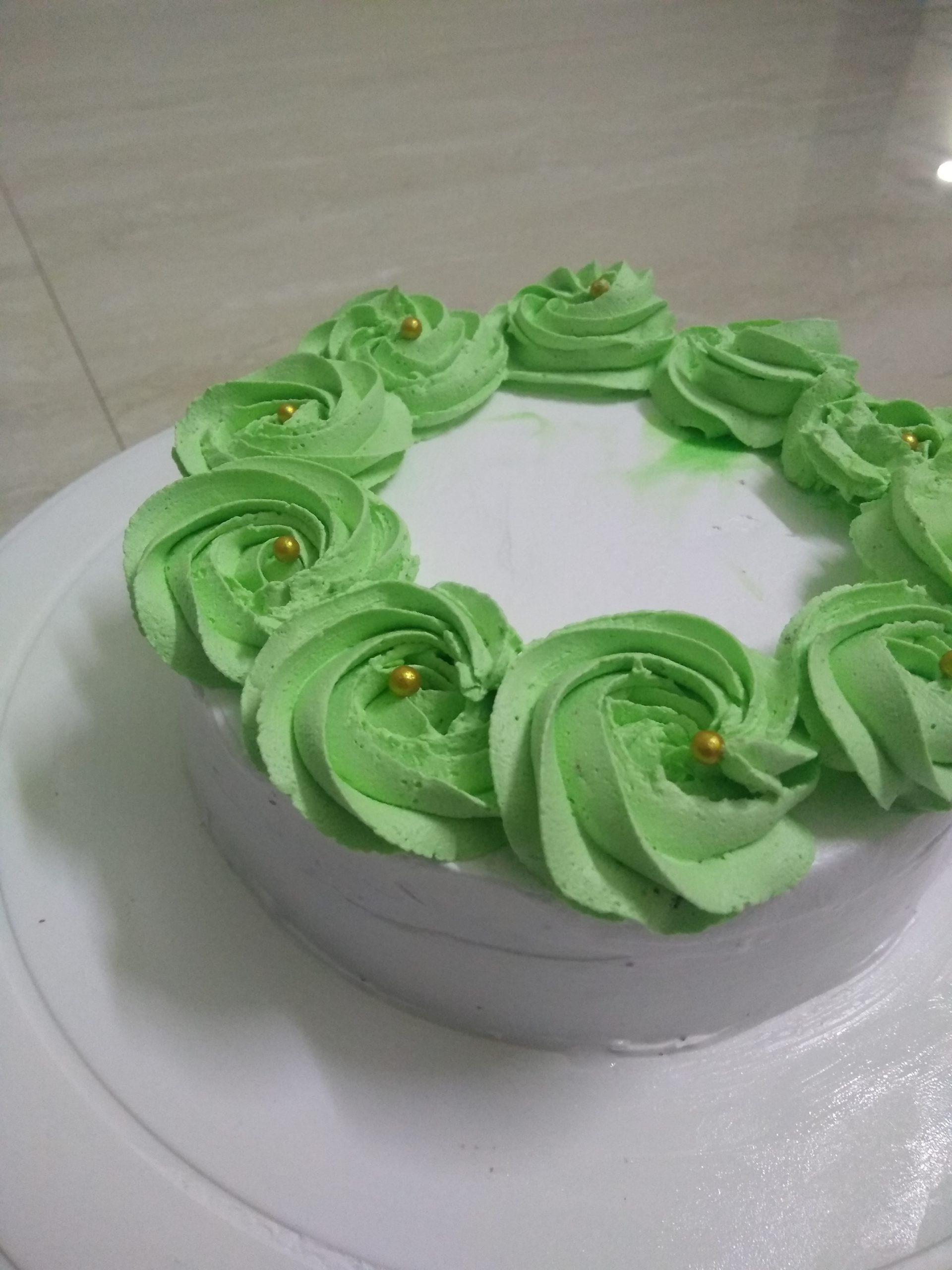 Vanilla Cake Designs, Images, Price Near Me