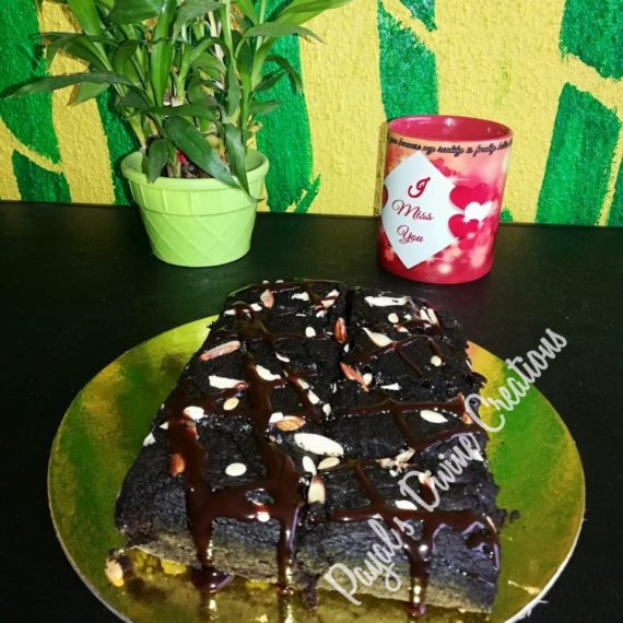 Chocolate Almond Brownie Designs, Images, Price Near Me