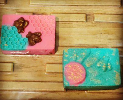 Honeybee Cake bar(1pc) Designs, Images, Price Near Me