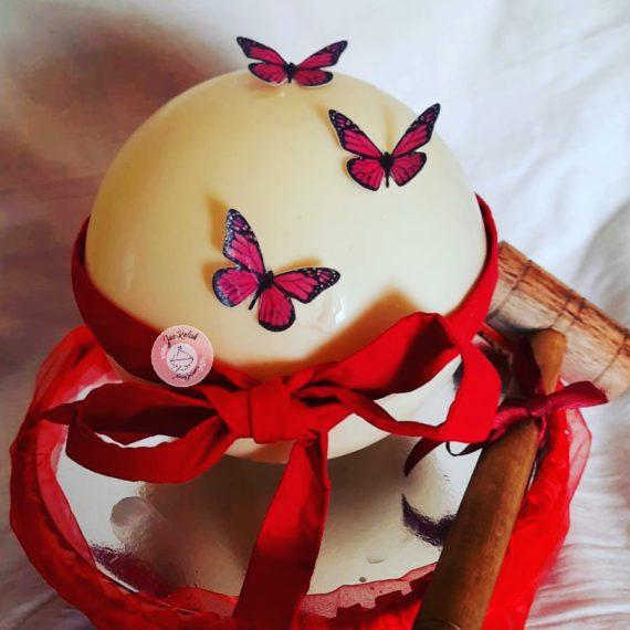 Pinata Smash Cake (round) Designs, Images, Price Near Me