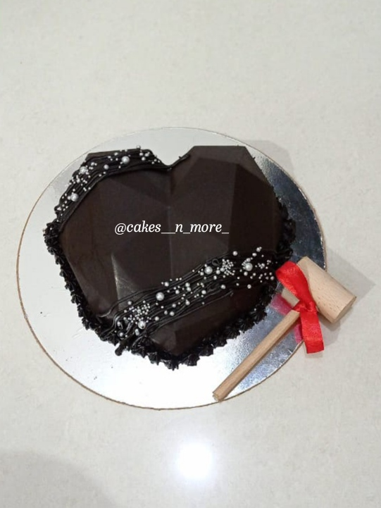 Pinata Cake ( Heart Shaped ) Designs, Images, Price Near Me