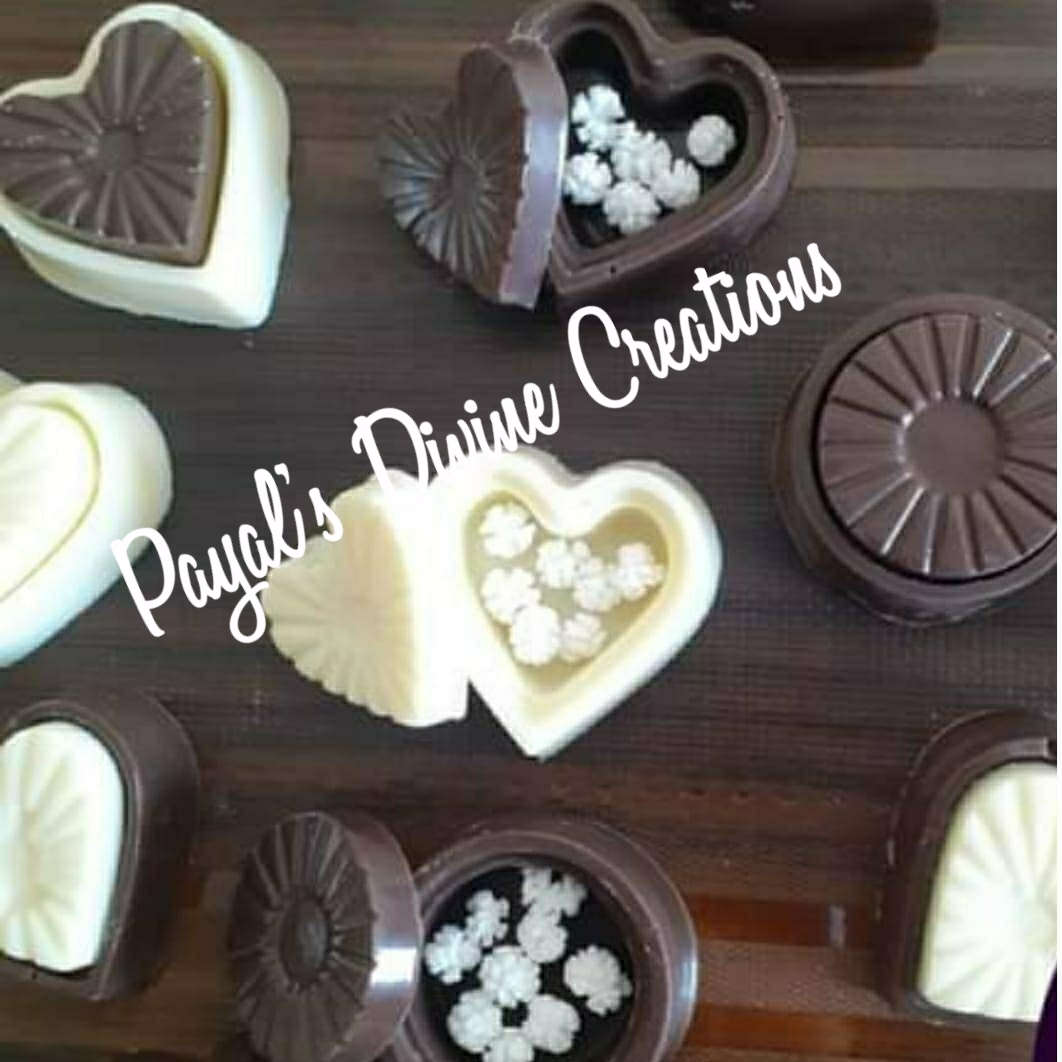Chocolate Tilgul Dibbi(Pack of 12) Designs, Images, Price Near Me