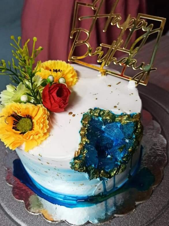 Artificial Geode Cake Designs, Images, Price Near Me
