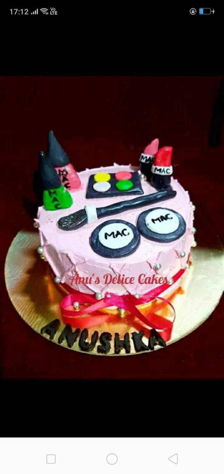 Make Up Kit Theme Cake Designs, Images, Price Near Me