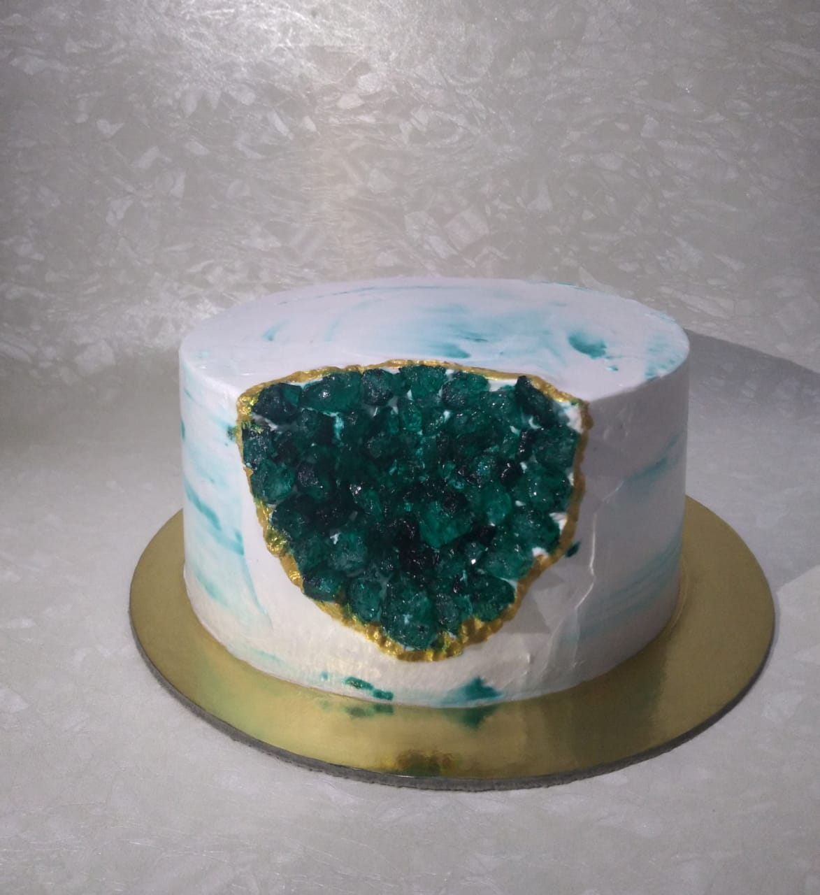 Artificial Geode (Crystal) Cake Designs, Images, Price Near Me