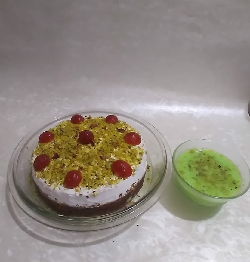 Tres Leches Cake (Pistachio flavour) Designs, Images, Price Near Me