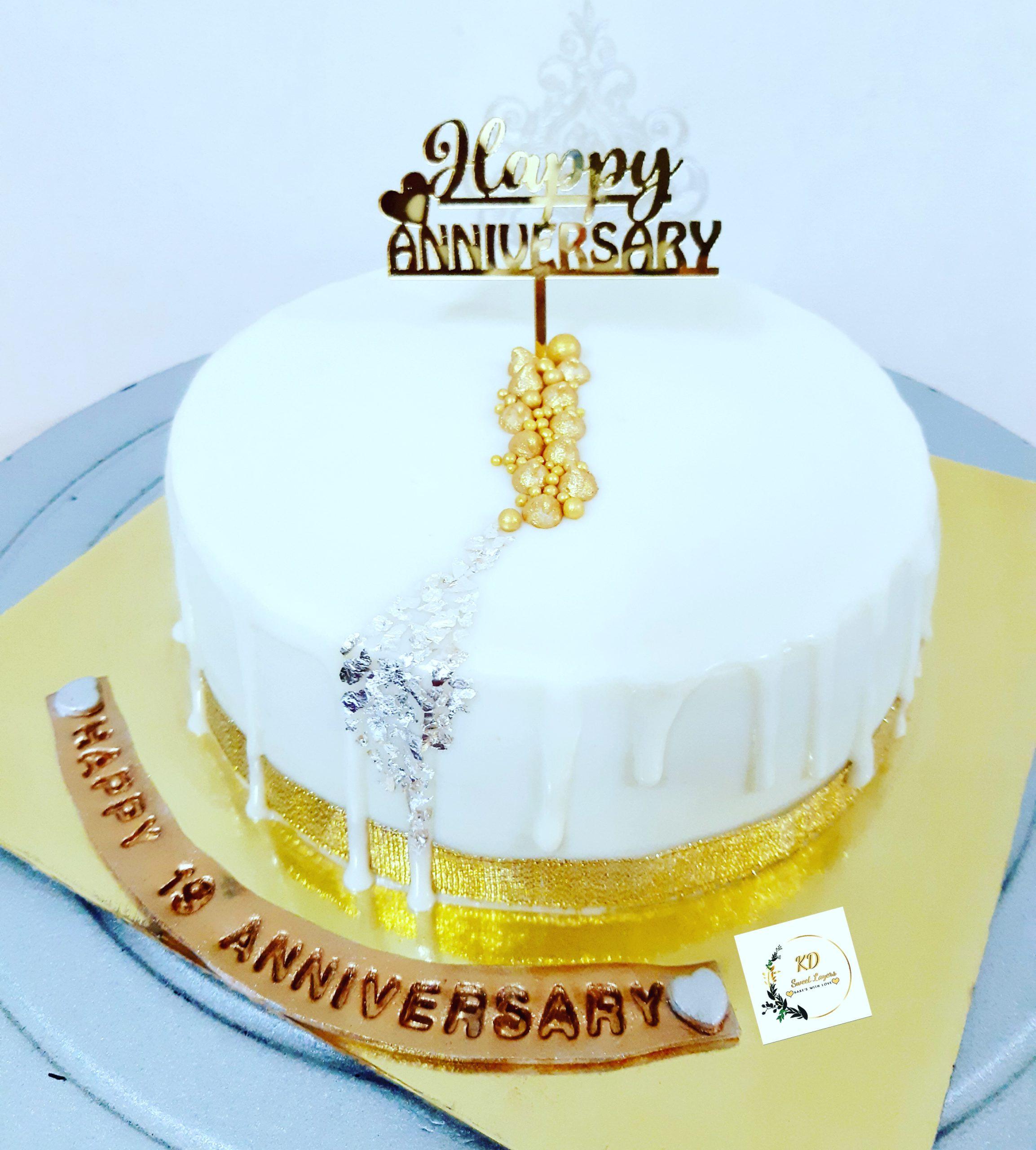 White Chocolate Cake Designs, Images, Price Near Me