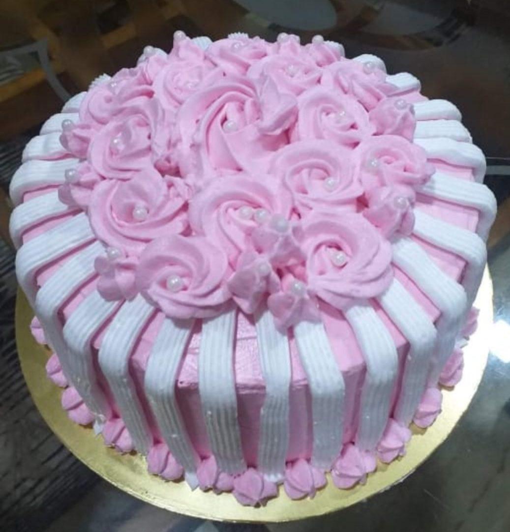 Vanila &Strawberry Flavour Cake Designs, Images, Price Near Me