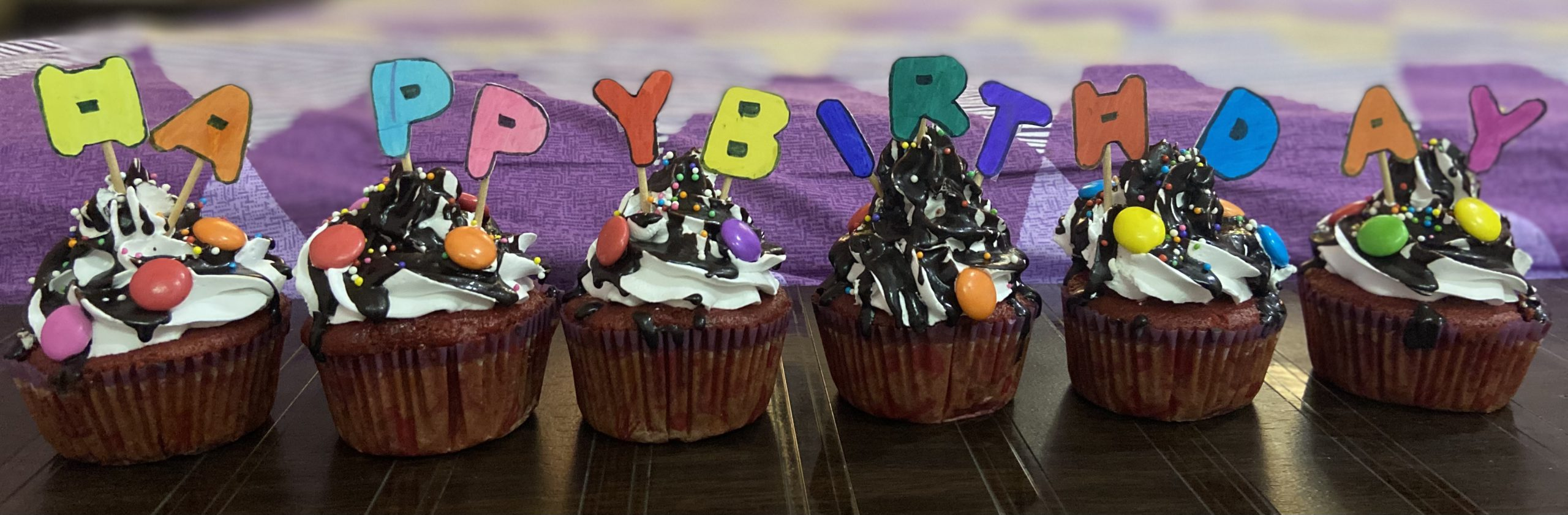 Cupcakes (6nos.) Designs, Images, Price Near Me