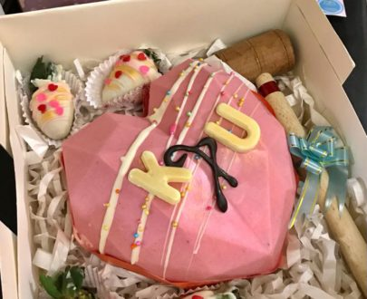 Heart Pinata Cake Designs, Images, Price Near Me