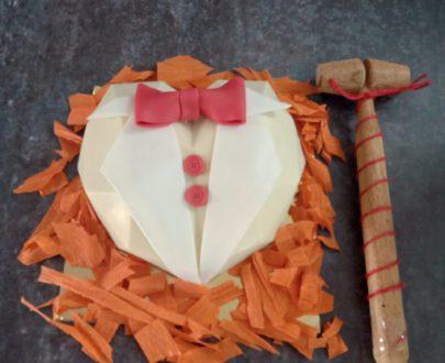 Pinata Heart Cake Designs, Images, Price Near Me