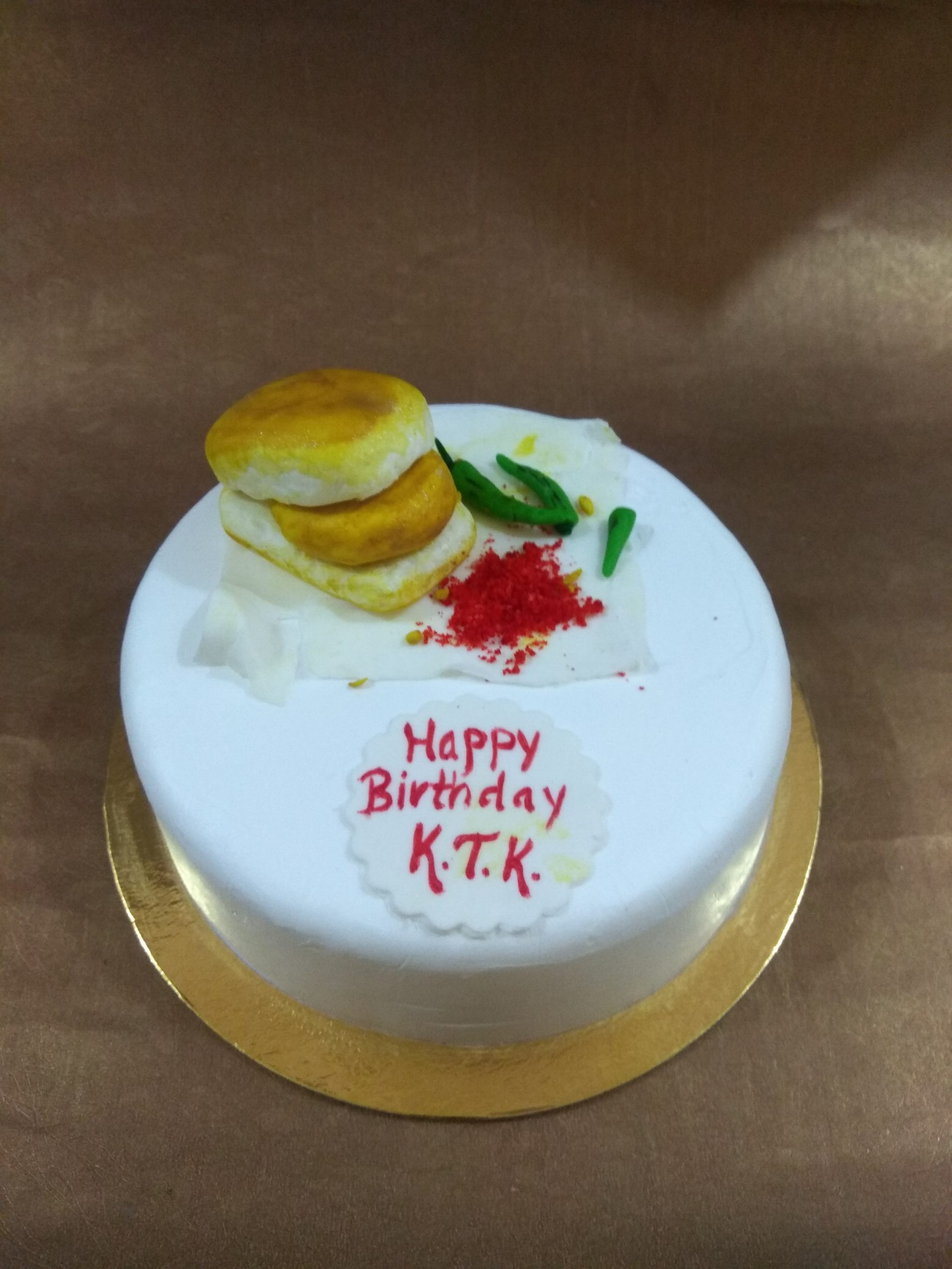 Vada Pav Theme Cake Designs, Images, Price Near Me