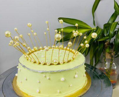 Crown Cake Designs, Images, Price Near Me