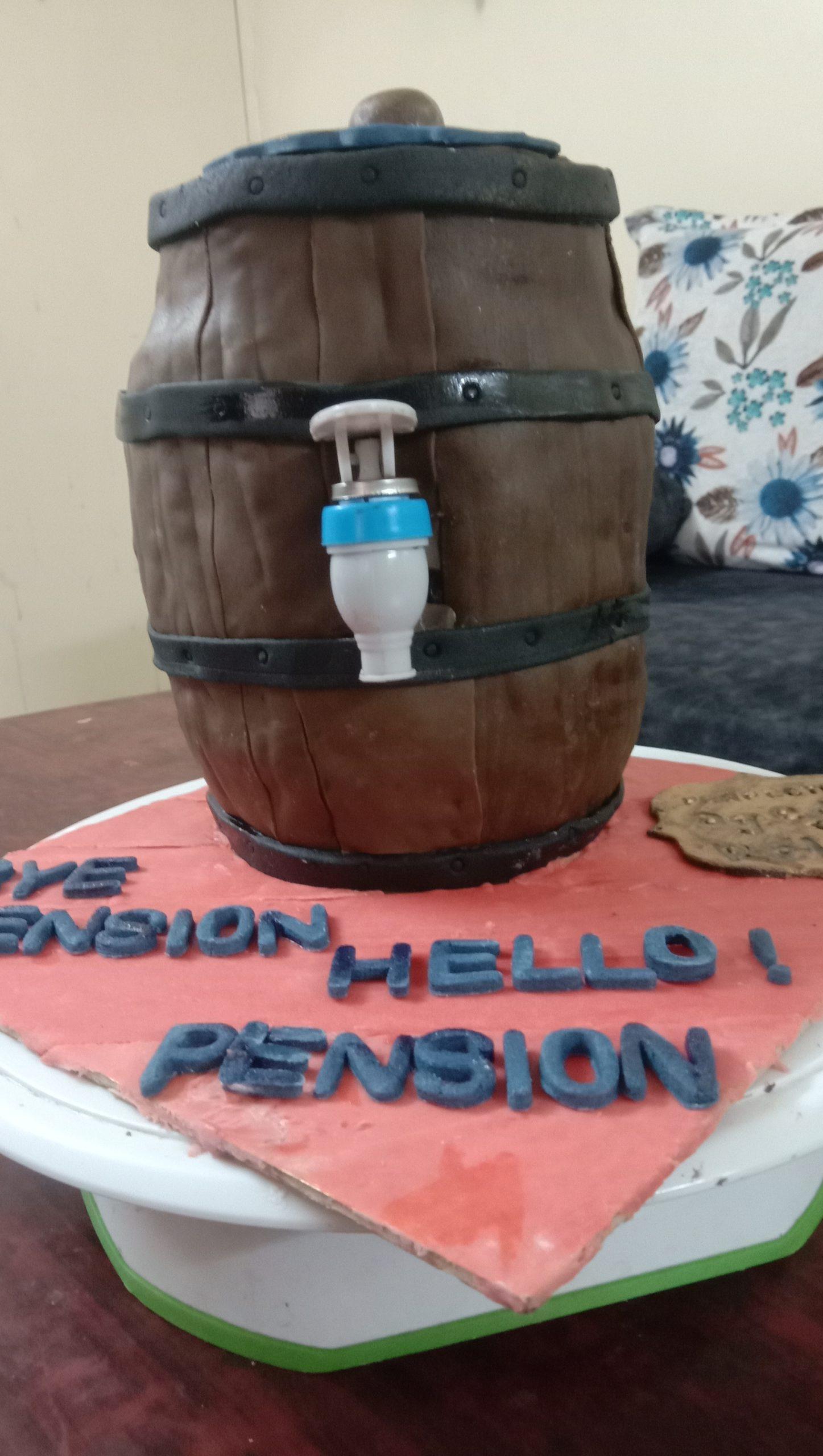Working Barrel Cake Designs, Images, Price Near Me